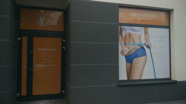 Oklejanie witryn sklepowych w Konin Slupca Września #agencjareklamowa #reklama #konin #Słupca #Września www.b-6.pl