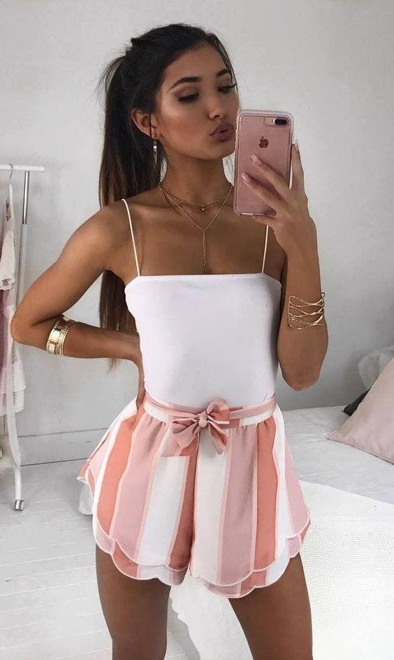 Modetrends im Jahr 2019 ein Shopper bei Zara, Mango, H & M, Asos, Top-Shop, die Re