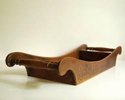 Good ergonomic handle with nice Tray shape