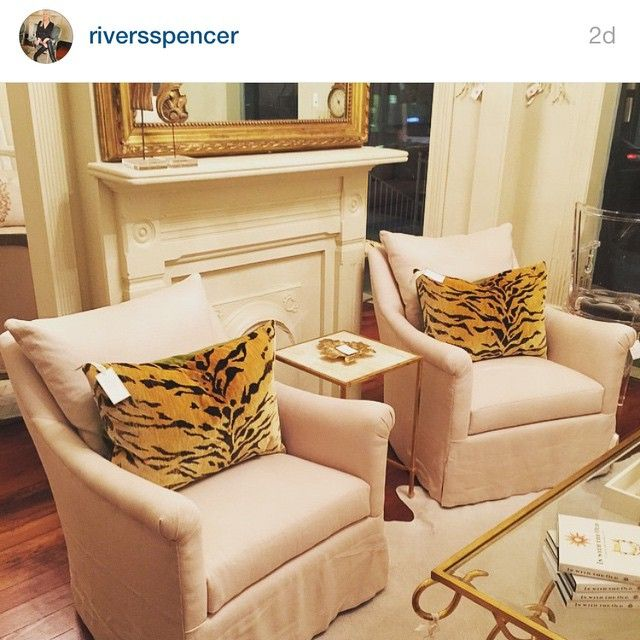 Wonderful The Perfect Hickory Chair U0027Julesu0027 Swivel Chairs With Clarence House Tigre  Fabric Pillows