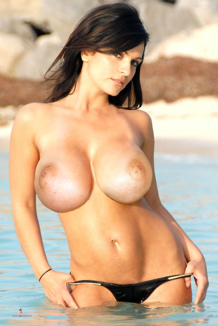 Denise milani completely naked