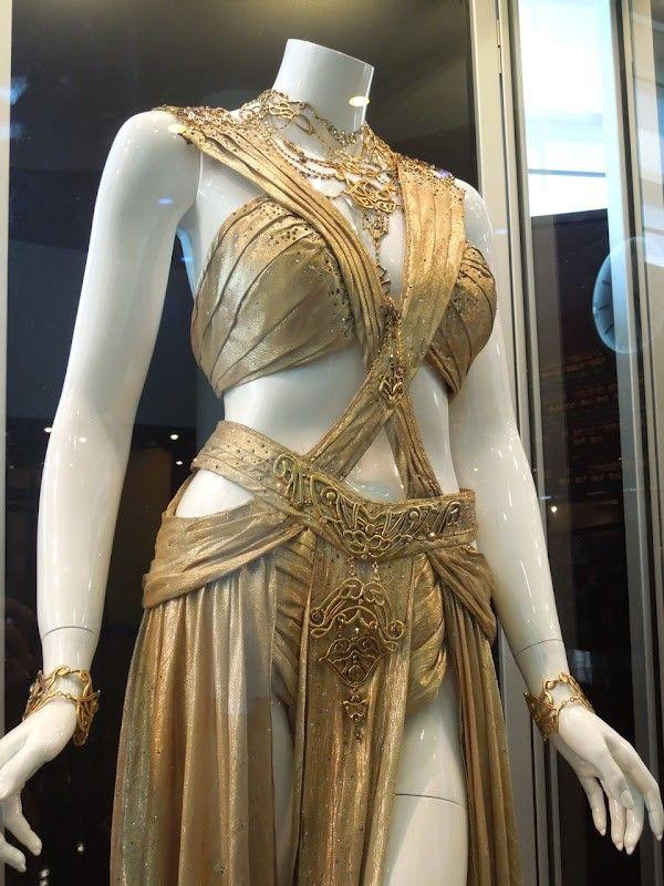A shot of Deja Thoris' wedding gown.