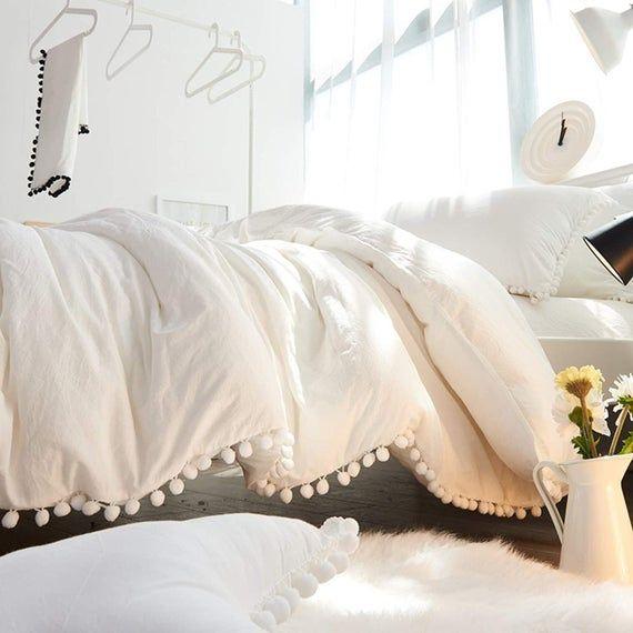 White Pom Pom 5 Pcs Bedding Set King Duvet Cover Queen Quilt Etsy In 2021 Boho Duvet Cover Boho Comforters Boho Duvet