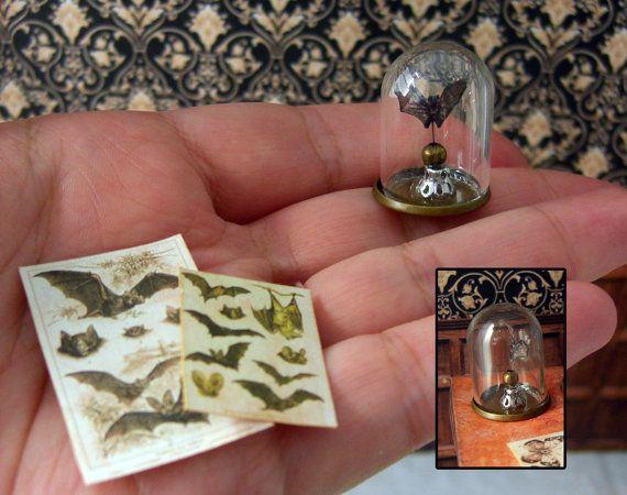 Miniatura - Taxidermia de papel imitación, cúpula de cristal - un murciélago - Victorian Steampunk - escala 1:12