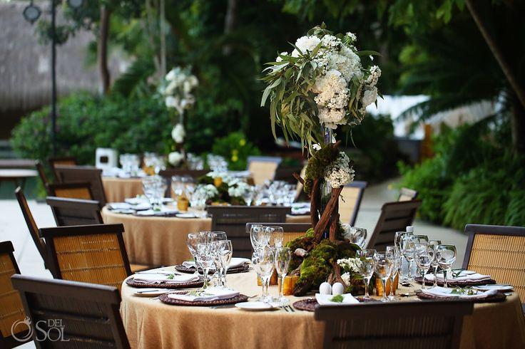 Crea tu evento, tu cóctel de boda o reunión de negocios en nuestra alberca Zen en Grand Velas Riviera Maya.  #GVRivieraMaya #GrandVelas #VelasResorts  Foto por: @delsolphoto