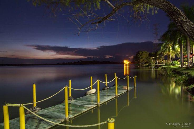 Anochecer Laguna del Chairel.  Foto de J. Serna. Tampico Hermoso.