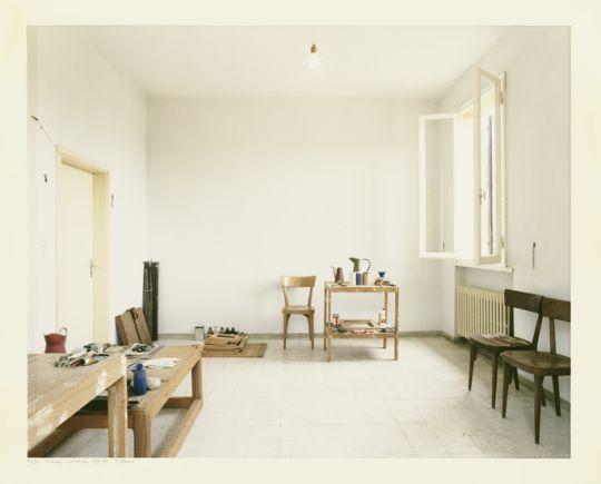 Luigi Ghirri, Atelier Morandi, Grizzana, 1989-90
