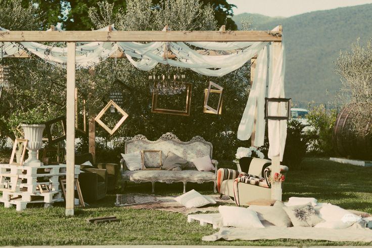boho chic photobooth!