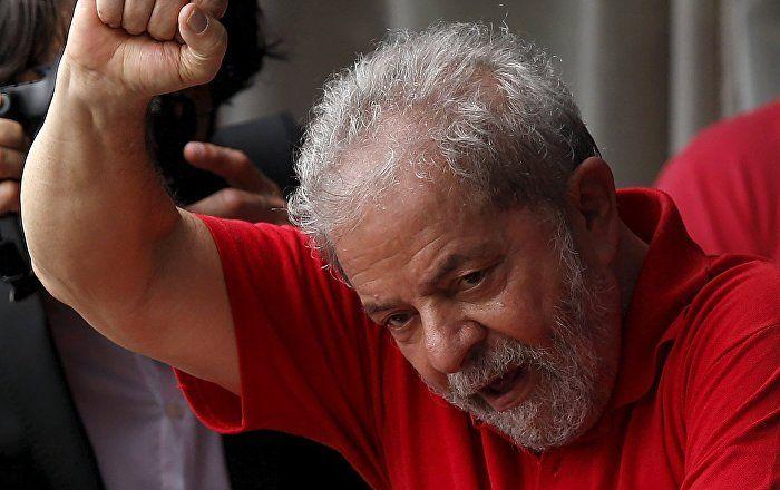 Sputnik Türkiye ///  Eski Brezilya Devlet Başkanı Lula'ya 9 yıl hapis cezası