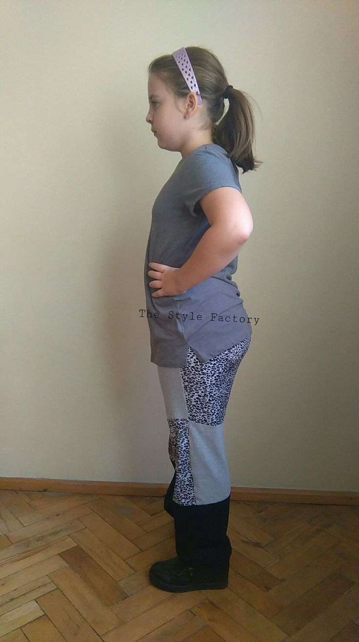 Patchwork pants and gray blouse // thestylefactory.pl //