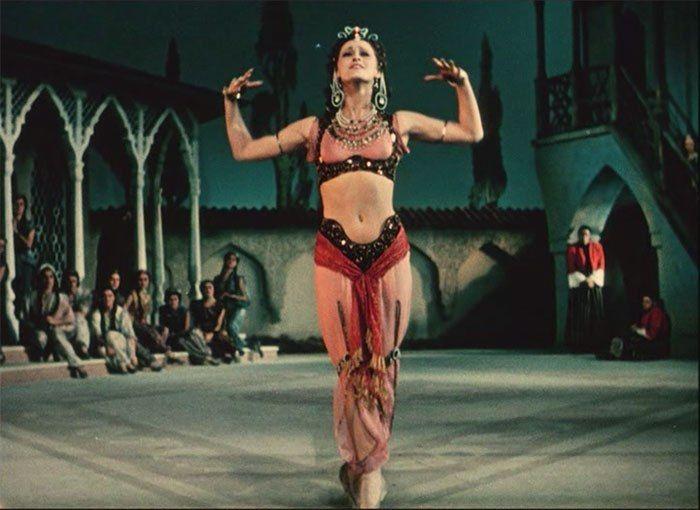 """М.Плисецкая Зарема (кадр из д\ф """"Мастера русского балета"""") 1953"""