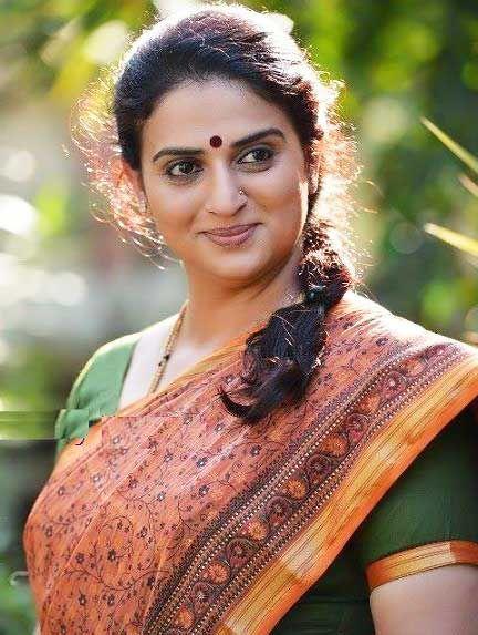 Pavitra Lokesh Artist At Telugu Film Industry Tfi -2770