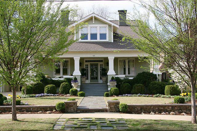 Craftsman bungalow | Flickr - Photo Sharing! -front yard plants!