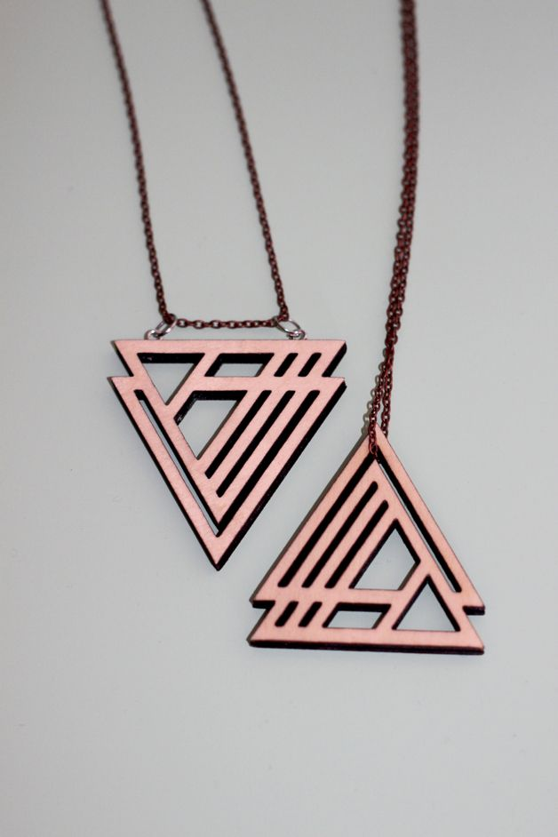 Geometrische Kette im Ethno-Stil / geometrical necklace with wooden pendant made by Oma via DaWanda.com