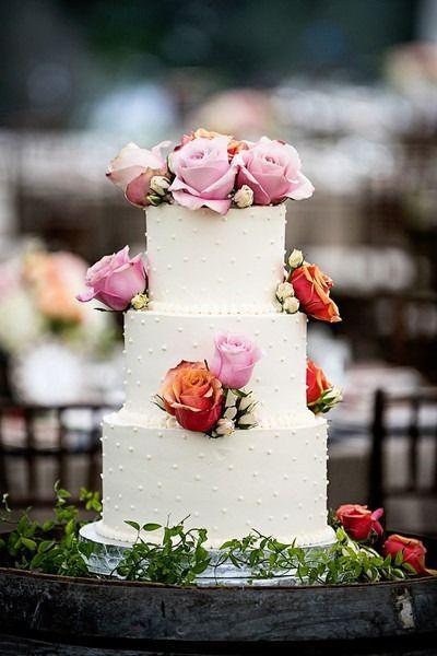 cool Pièce montée 2017 - Idée classique de gâteau de mariage - gâteau de mariage à trois niveaux, gâteau au beurre ...