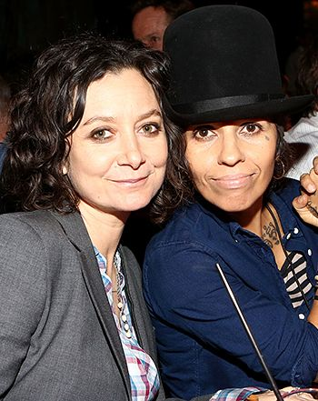 Linda Perry, Sara Gilbert Writing a Children's Album With Their Kids - Us Weekly