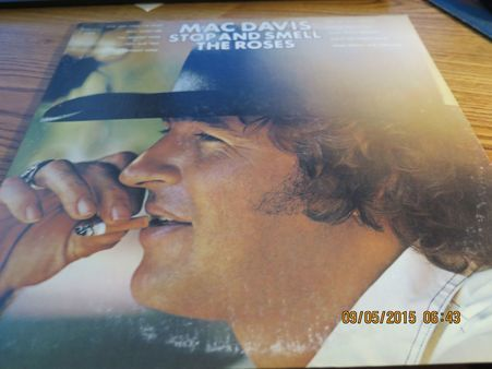 MAC DAVIS - STOP & SMELL THE ROSES - 74 KC 32582 IN SHRINK NO BARCODE LP