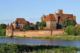 Panorama of Malbork Castle oftewel Slot Mariënburg in Polen in de stad Malbork en opgericht in 1274 Theodor von schon woonde er
