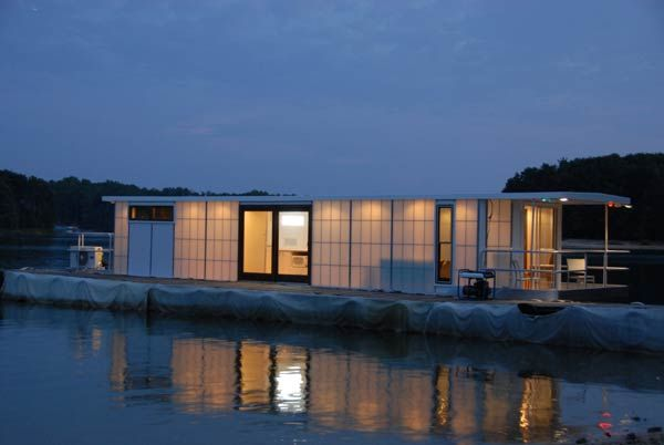 metroship luxury houseboat | metroship nightime side Contemporary Luxury Houseboat with a Loft ...