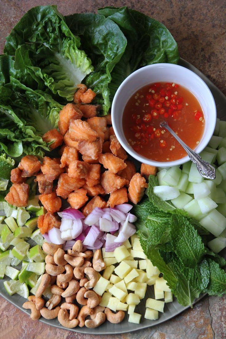 Fried Salmon One-Bite Salad - Miang Pla Salmon (เมี่ยงปลาแซลมอน)   Thai Food by SheSimmers