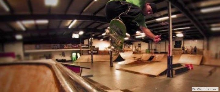 The Asylum Skatepark, the best in the Mid West! Amazing indoor skateboard, scooter and BMX park in Chicago Illinois. visit our in-park pro shop for all the hottest gear! Skateboard completes, decks, trucks, stickers, accessories, shoes galore and much more!