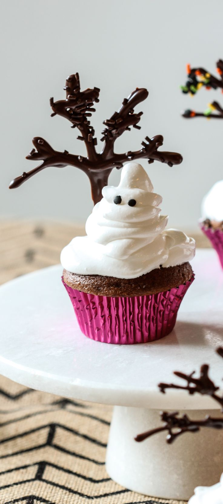 Ghost Cupcakes #halloweencupcakes http://www.aftershocksinteriordecorating.com