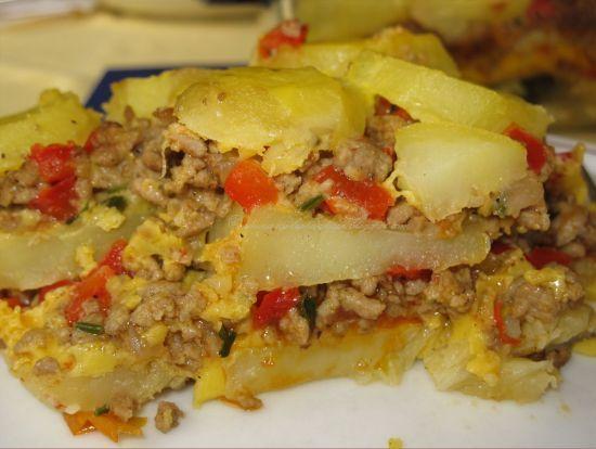 Reteta pentru Musaca de cartofi şi carne tocată