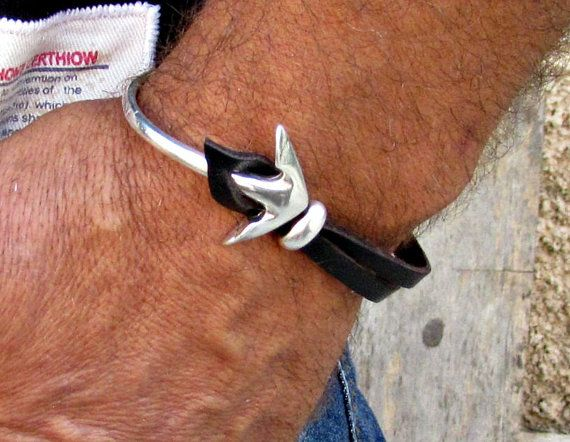 Anchor Mens Bracelet Mens Leather bracelet Cuff Half by GUSFREE