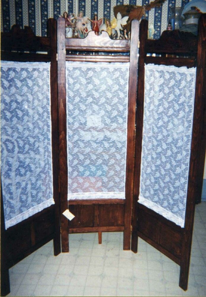 Pine room screen with walnut finish - build for the 1999 craft show season.