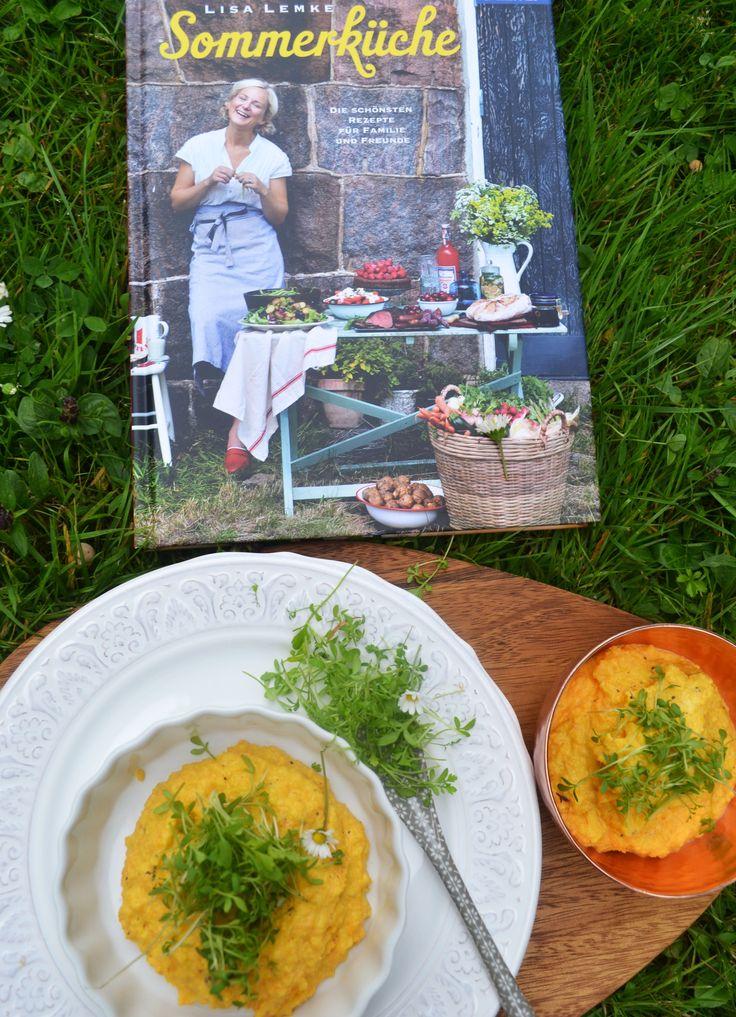 So meine Lieben, heute stelle ich euch mal wieder ein neues Kochbuch vor. Sommerküche von der sympathischen Schwedin, Lisa Lemke! Natürlich gibt's auch ein ausprobiertes Rezept dazu. Sommer, …