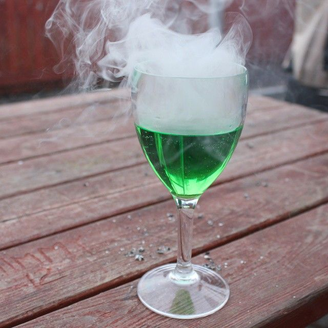 Cool what you can do with a e-cig, green ink and water isn't it :-P