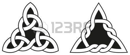 noeud marin: Noeuds celtiques utilisés pour la décoration ou les tatouages. Deux variétés de interminables noeuds panier de tissage. Ces noeuds sont les plus connus pour leur adaptation pour une utilisation dans l'ornementation des monuments et des manuscrits chrétiens.