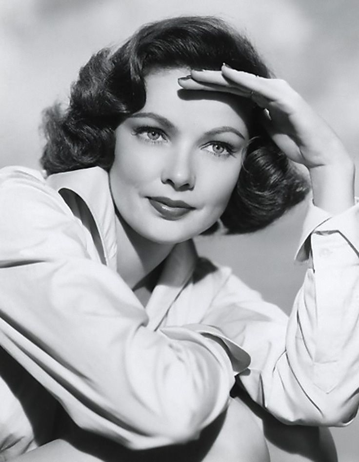 Gene Eliza Tierney (American, 1920–1991), beautiful American film and stage actress. Performed in 37 movies from 1940–1964: Whirlpool, The Razor's Edge, Leave Her to Heaven, Laura and 14 television credits from 1947–1999. #famous_people #vintagephoto