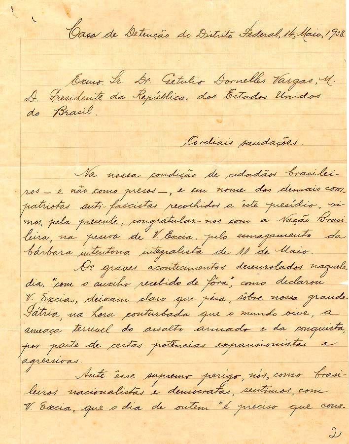 Carta de presos comunistas a Getúlio Vargas em apoio ao esmagamento da intentona integralista ocorrida na capital federal no dia 11 de maio, 1938. Rio de Janeiro (RJ). (CPDOC/ GV 1938.05.13)