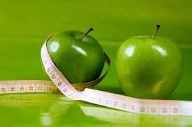 Diet dengan buah apel  >> Tubuh gemuk sering menjadi masalah bagi wanita, namun kini tidak hanya wanita yang merasa terganggu dengan tubuh yang gemuk. Pria juga sering merasa terganggu dengan tubuh yang gemuk dan sama-sama menginginkan berat badan berlebih mereka turun dengan mudah dan sehat.