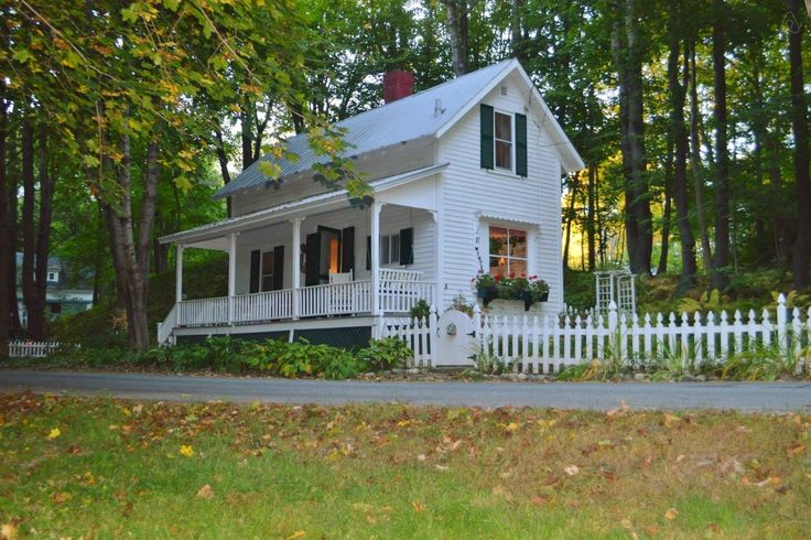 1920 in Plymouth, NH. Not for sale, this is a vacation home! Too freaking cute.
