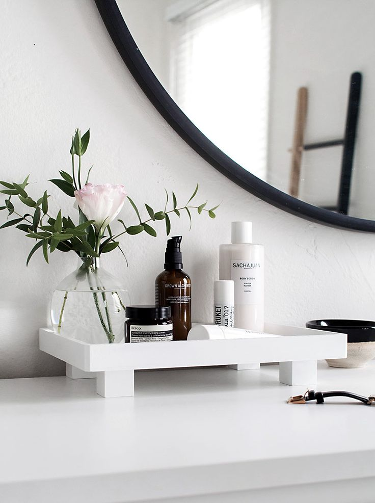 DIY Footed Vanity Tray - Organize all your bathroom goods.