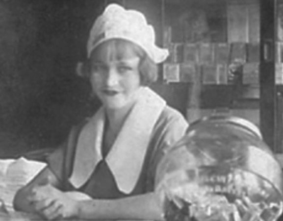 Bonnie Parker, the waitress