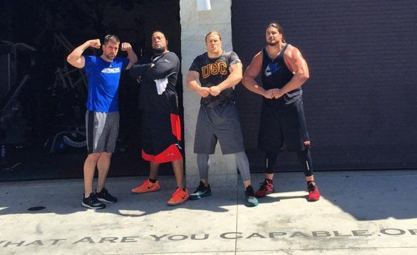 David Bakhtiari, Clay Matthews and Aaron Rodgers Flexing