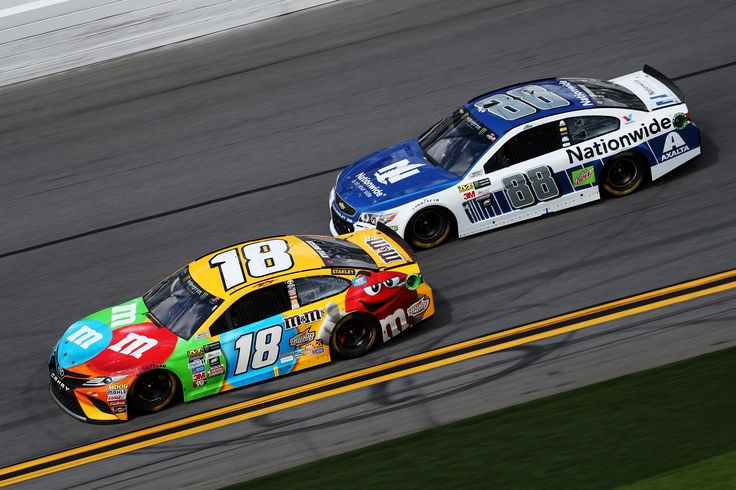 The Daytona 500 is today! Here's the starting lineup for the  Monster Energy NASCAR Cup Series event https://racingnews.co/2017/02/26/2017-daytona-500-starting-lineup/ #daytona