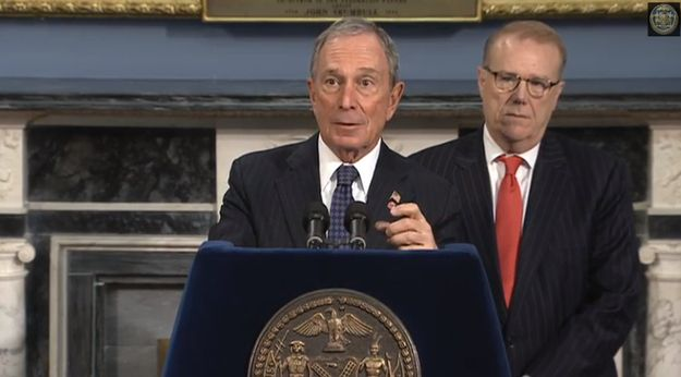 Mayor Bloomberg Puts Online #Gun Sellers On Notice http://www.buzzfeed.com/mikehayes/mayor-bloomberg-puts-online-gun-sellers-on-notice || Way to go Mayor Bloomberg! At least YOU have some balls!