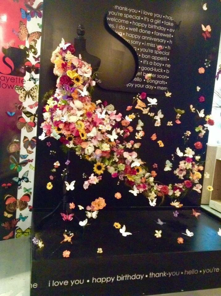 Spring Flower Fashion Floral Design / Styling: Fayette