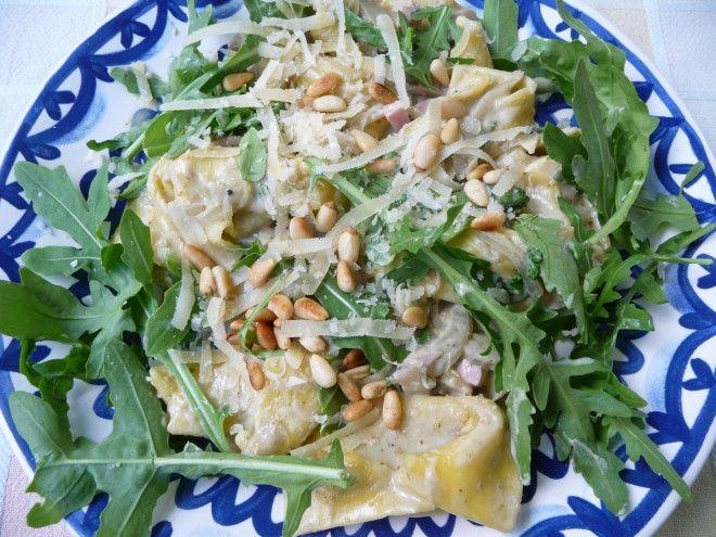 tortellini met champignons, pesto en rucola, hamreepjes, tortellini met kaas walnoten