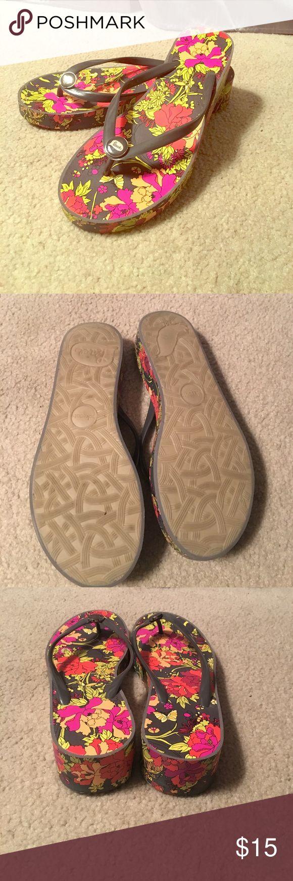 Wedge flip flops Floral wedge flip flops, almost new sakroots Shoes