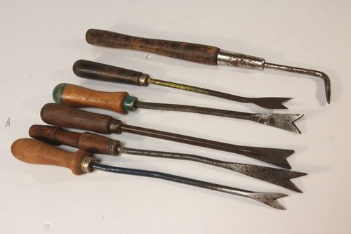 Lot of 6 Vintage Antique Gardening Hand Tools Weed Pullers