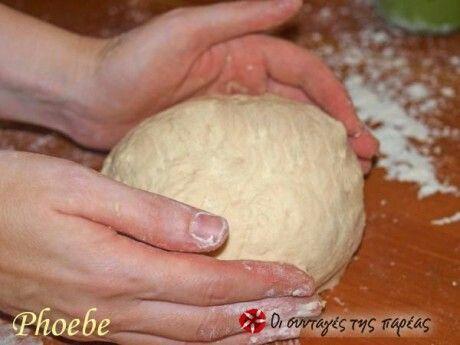 Ζύμωμα ψωμιού