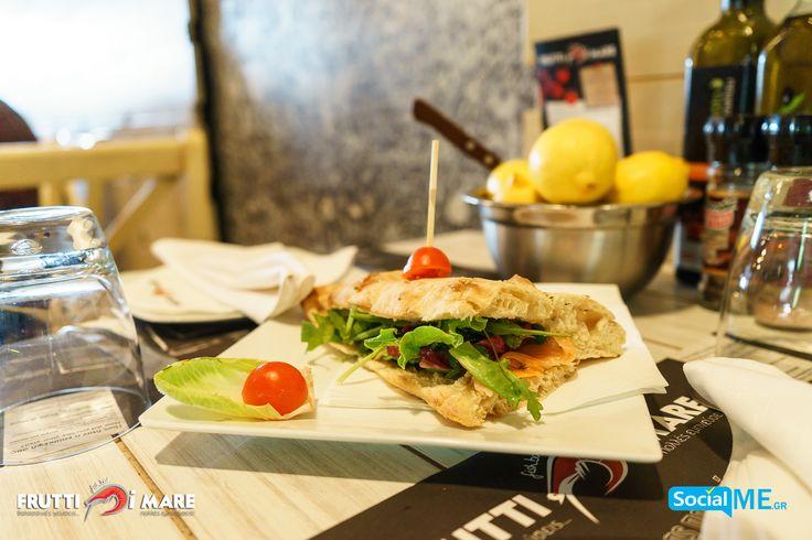 Τρώγοντας τα καλύτερα..!! Που αλλού ;; Μα φυσικά στο #FruttiDiMare !! #SeaFood #Restaurant #Thessaloniki
