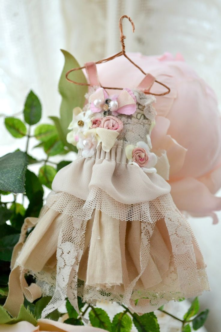 Jennelise: Roses and Fairy Dresses