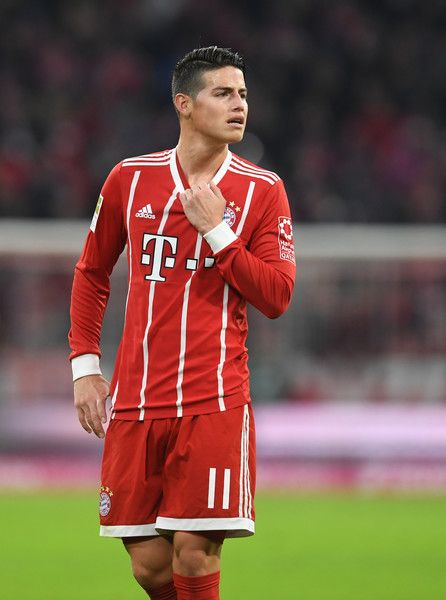 Bayern Munich's Colombian midfielder James Rodriguez reacts during the German First division Bundesliga football match Bayern Munich vs FC Augsburg 1907 in the stadium in Munich, southern Germany, on November 18, 2017.  / AFP PHOTO / Christof STACHE - 205 of 241