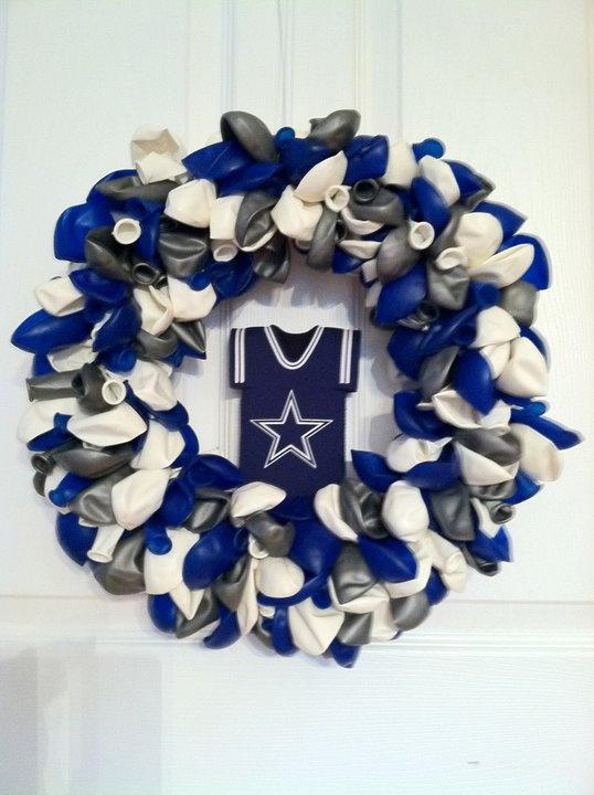Dallas Cowboys, balloon wreath